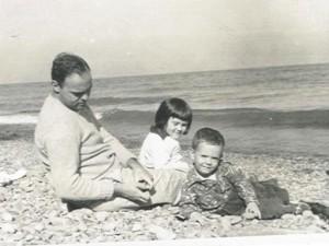 Charlie kids on beach